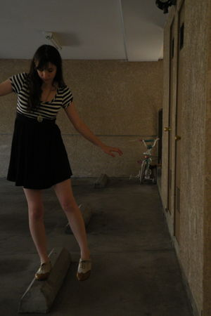 blue dress - beige Miss me shoes - gold Forever21 accessories