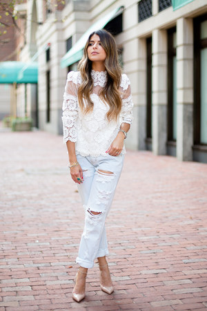 white lace Chicwish top - light blue distressed One Teaspoon jeans
