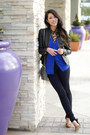 Black-express-leggings-blue-anthropologie-shirt