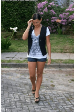 Levis shorts - white blouse - black made by me vest - black strappy sandals - he