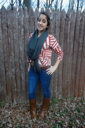 Forever 21 shirt - Target boots - American Eagle jeans - Forever 21 scarf