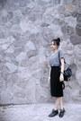 Black-nevada-boots-black-stripes-thrifted-vintage-shirt-black-moms-skirt