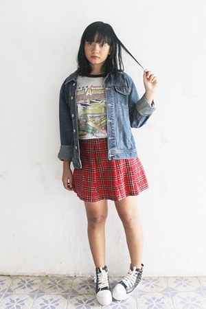 red tartan skirt - black faux leather shoes