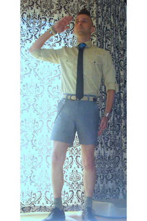 black Urban Outfitters shorts - beige Urban Outfitters shirt - black DIY tie - G
