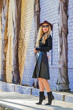 christian dior bag - Forever 21 skirt