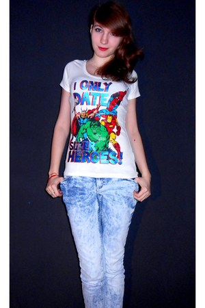 Marvel shirt - Pimkie jeans