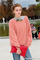 salmon Valentino sweater