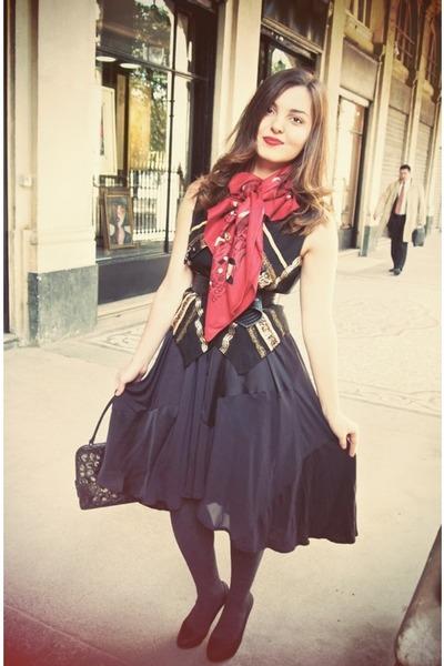 Hermes Scarves, H\u0026amp;M Skirts, YSL Purses, Vintage Vests | \u0026quot;PAINTING ...