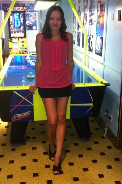 hot pink top - black dress - black DKNY heels