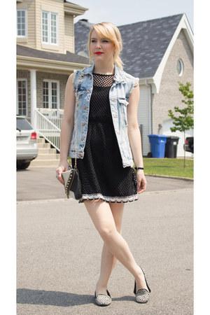 black Ardene purse - light blue denim Zara vest