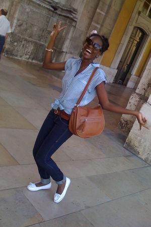 Bershka jeans - Zara t-shirt - Mango accessories - H&M shoes - Mango sunglasses