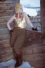Dr-martens-boots-70s-vintage-sweater-vintage-pants