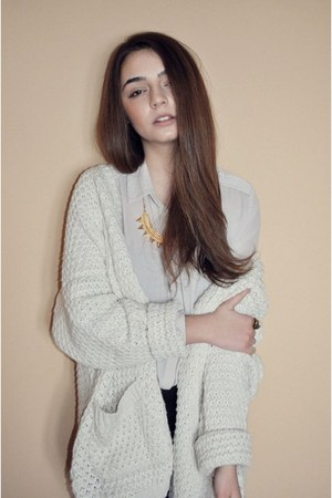 eggshell Bershka cardigan - off white H&M shirt - yellow H&M necklace