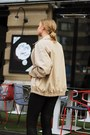 Second-hand-jacket-h-m-blouse-stradivarius-heels