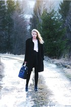 Deichmann shoes - second hand coat - H&M sweater - leather deezee bag