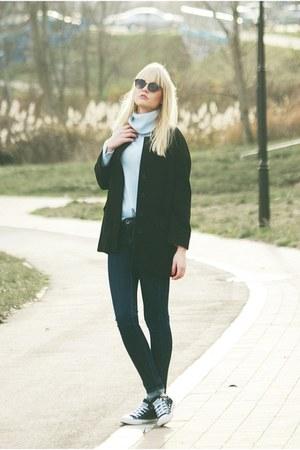 Converse sneakers - Zara coat