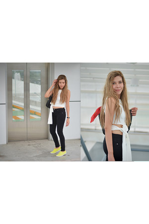 white Chicwish top - yellow Keds sneakers