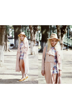 periwinkle sixties romwe dress - light pink trench coat romwe coat