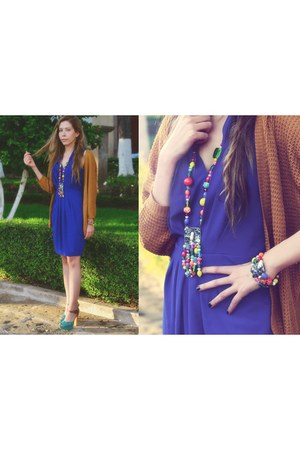 purple Silvia Felix Trinadde necklace - blue H&M dress