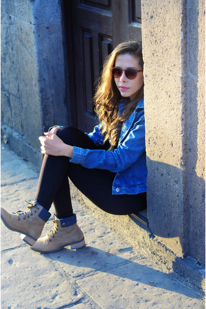 dark khaki Andrea boots - blue denim Zara jacket - black pull&bear leggings