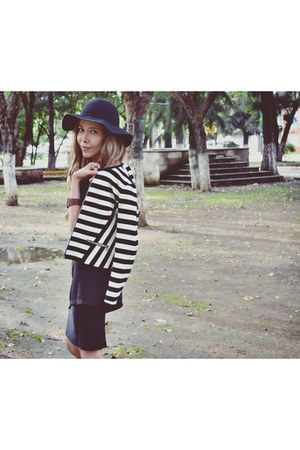 black asos boots - black H&M hat - black striped Gap jacket