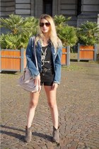 gray Isabel Marant boots - blue united colors of benetton jacket