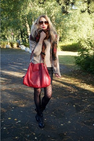 black Minelli boots - camel Zara sweater - brick red coach bag