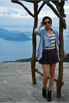 H&M boots - Forever 21 sweater - Topshop shorts - ray-ban sunglasses - Forever 2
