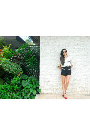 Zara shoes - Forever 21 shorts - Zara top