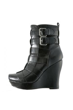aliceolivia boots