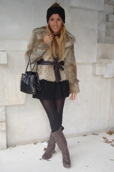 black H&M tights - black H&M hat - brown Zara boots - brown Mango coat - black D