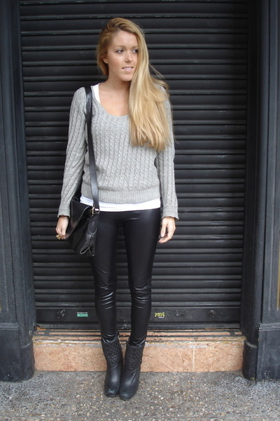 black American Apparel leggings - black Thomas Burberry boots