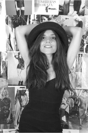 black H&M dress - black vintage hat