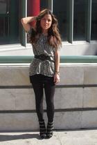 black Aldo boots - black H&M skirt - black H&M tights - black Maje t-shirt - bla