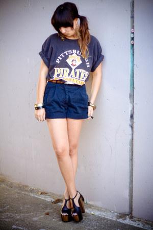 vintage from Ebaypenelopes vintage shirt - black vintage shorts - black Jessica