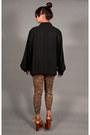 Black-pleats-blouse