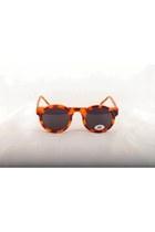 penelopes vintage sunglasses