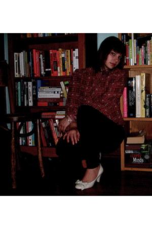 Forever 21 jeans - Vintage 70s Breckenbridge blouse - Vintage Viva heels