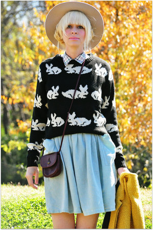 black 100 acrilyc PepaLoves sweater