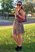 cottonleopard dress - maroon bag - browngold sunglasses - blacklace up wedges
