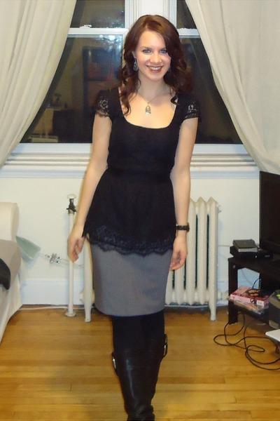 2114db4a5be heather gray pencil skirt Jacob skirt - black wedge Aldo boots