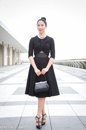 black Simon Rocha bag - black McQ by Alexander McQueen skirt