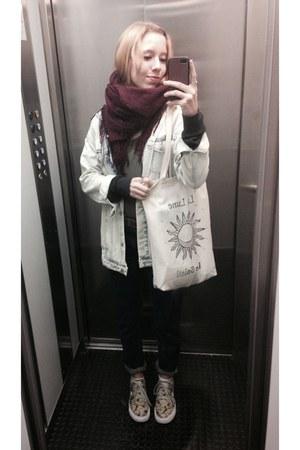 navy mom Zara jeans - light blue denim Zara jacket - crimson soft H&M scarf