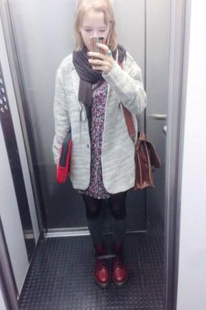brown vintage bag - crimson Dr Martens boots - brick red floral H&M dress