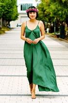 nude Chloe shoes - green maxi Pink Stitch dress