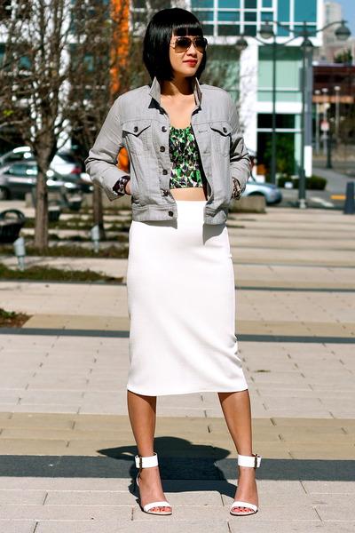 white Via Spiga sandals - gray denim Club Monaco jacket