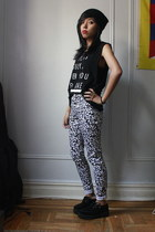 printed Motel Rocks pants - sleeveless Urban Outfitters top