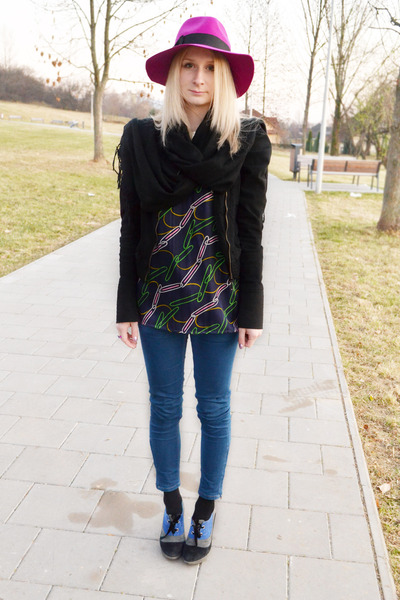 magenta Topshop hat - blue Zara jeans