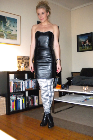 BikBok dress - BikBok tights