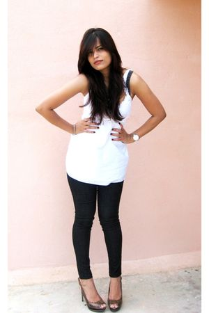 white Vero Moda top - black Esprit jeans - brown tresmode shoes - Accessorize ne